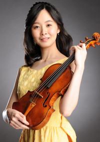 バイオリン講師の川村萌
